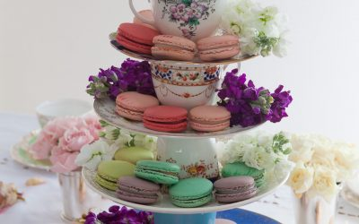 How to Make a Tiered Cake Stand from Vintage Teacups & Plates
